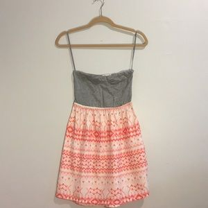 girl's strapless summer dress